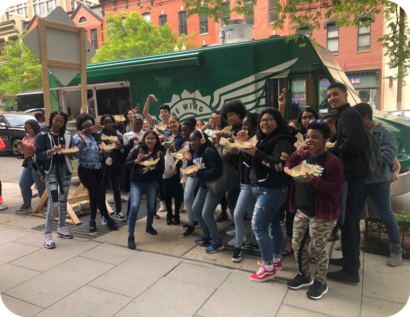 Washington DC and Wingstop Fans at Tour